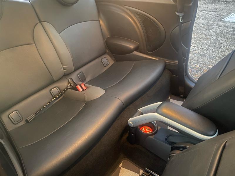 Mini Cooper Hardtop 2010 price $3,995 Cash