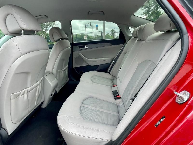 Hyundai Sonata 2017 price $11,990