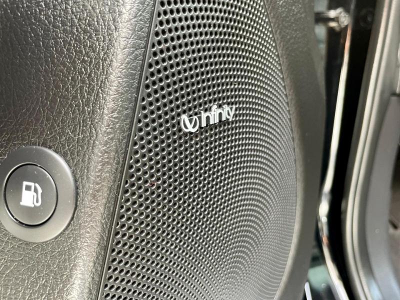 Kia Sorento 2014 price $14,990