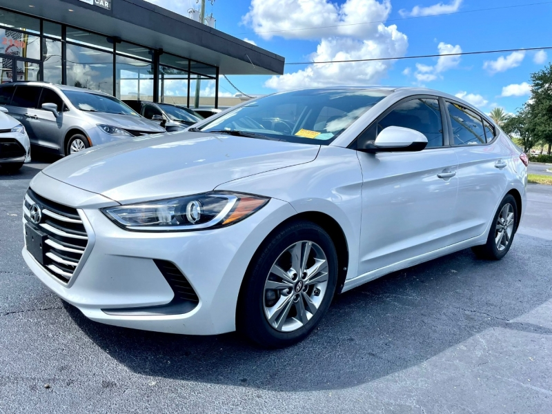 Hyundai Elantra 2018 price $12,990