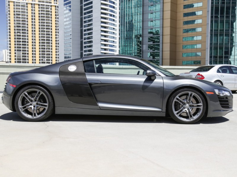 Audi R8 Quattro (Manual) 2010 price $79,995