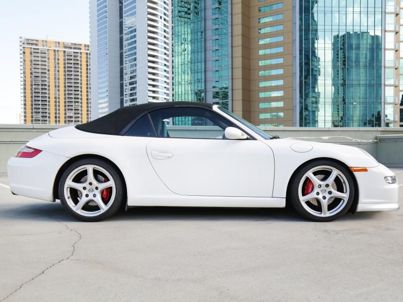 Porsche 911 Carrera S Cabriolet 2006 price $49,995
