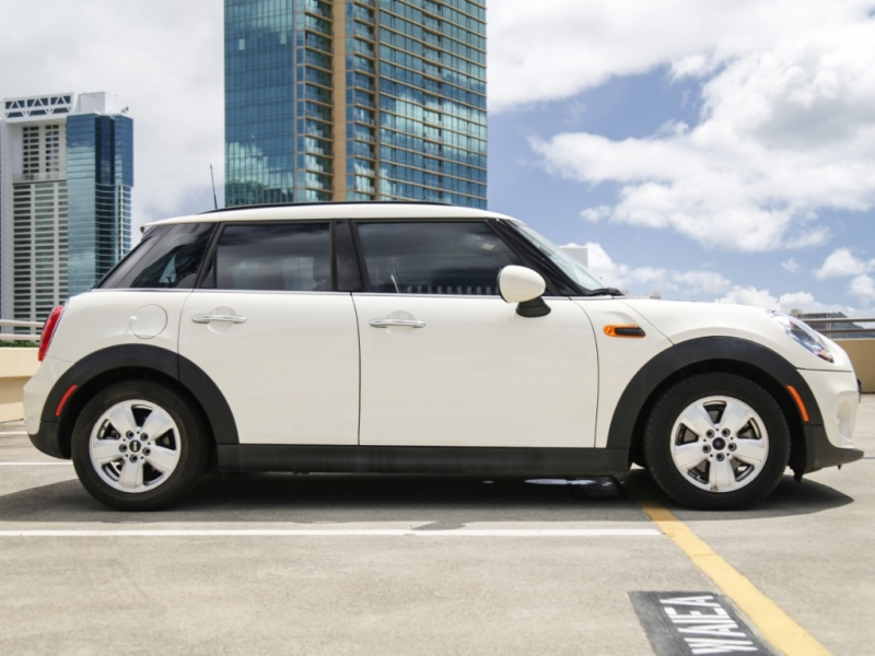 Mini Cooper 2016 price $19,995