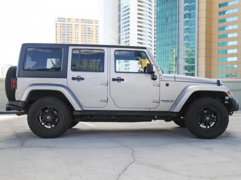 Jeep Wrangler Unlimited SAHARA WINTER ED. 2017 price $32,995