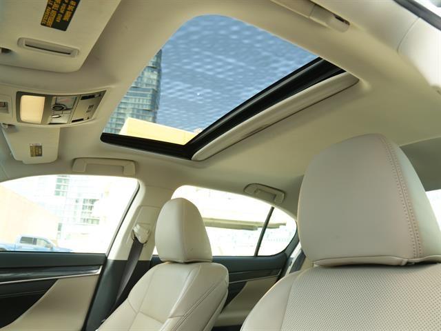 Lexus GS200t 2016 price $29,995