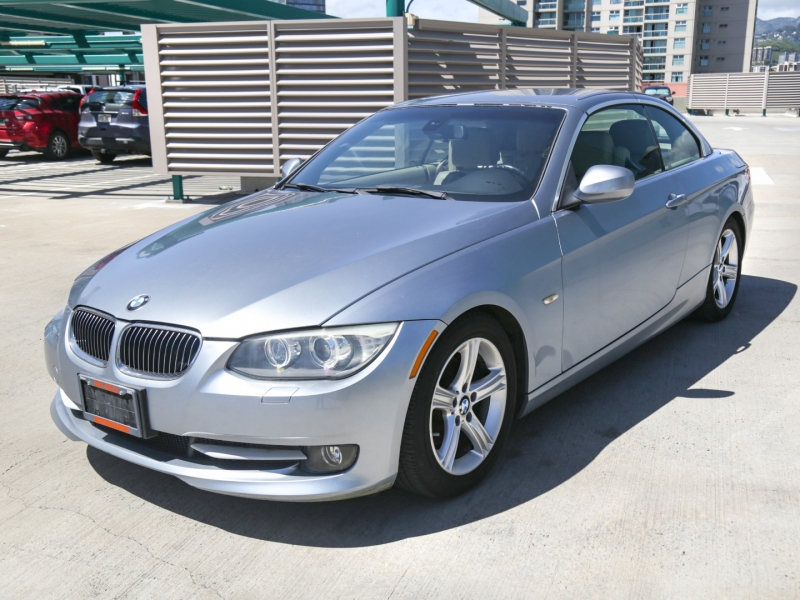 BMW 328i Convertible 2011 price $19,995