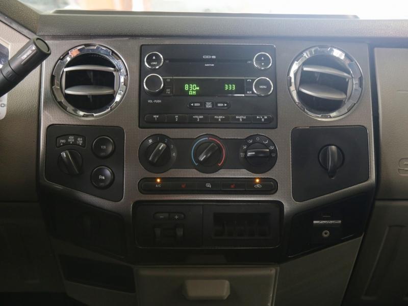 Ford F350 Super Duty 4WD Diesel 2009 price $39,995