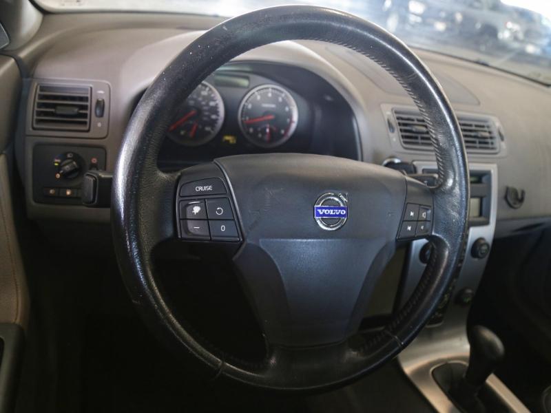 Volvo S40 Turbo Manual 2006 price