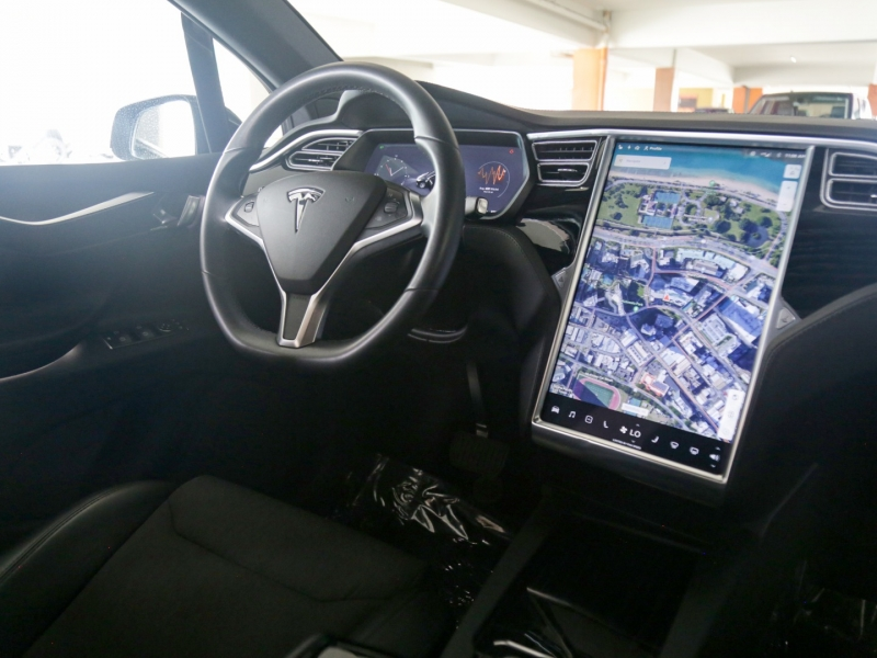 Tesla Model X75D 3rd Row 2017 price $79,995