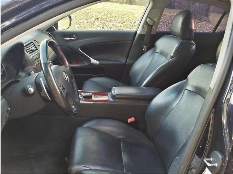 Lexus IS 250 2007 price $8,999