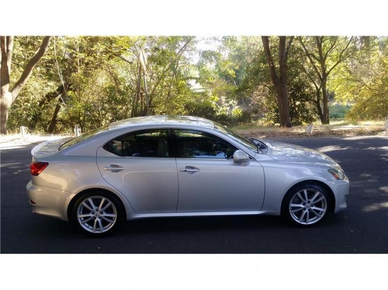 Lexus IS 350 2006 price $13,999