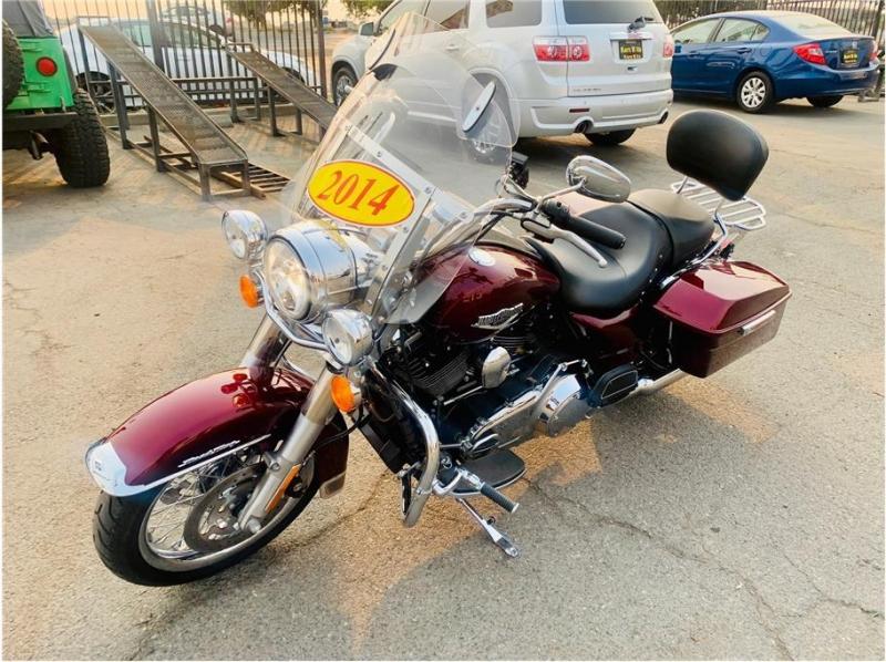 HARLEY DAVIDSON Road King 2014 price $12,999