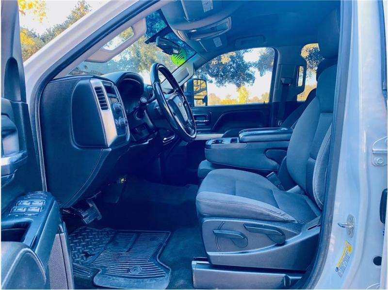 Chevrolet Silverado 2500HD 2015 price $41,999