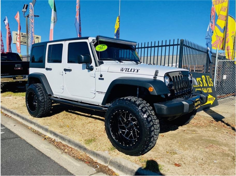 Jeep Wrangler Unlimited 2017 price $31,999