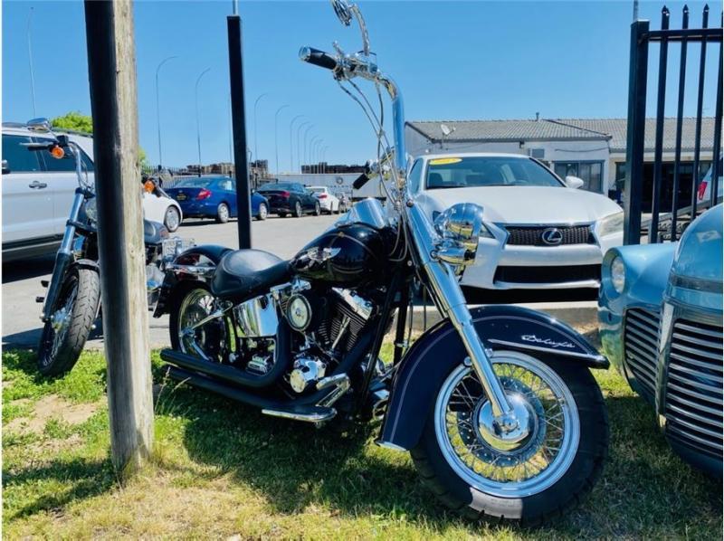 Harley Davidson Softail Deluxe 2005 price $9,999
