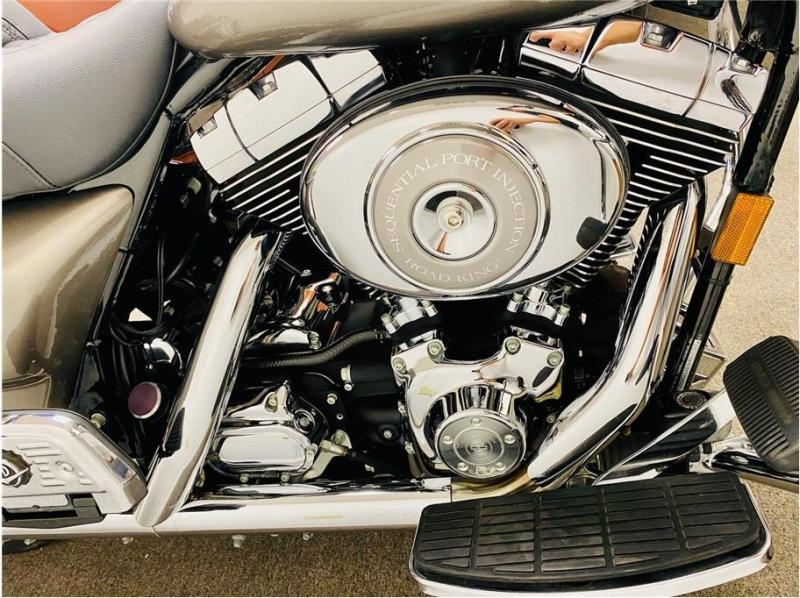 Harley Davidson FLHRCI / Road King Classic 2003 price $9,999