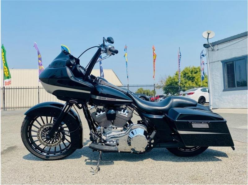 Harley Davidson FLTRI / Road Glide 2006 price $15,999
