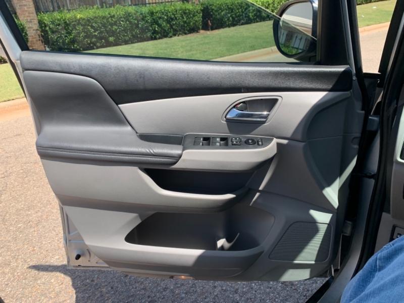 Honda Odyssey 2014 price $8,777
