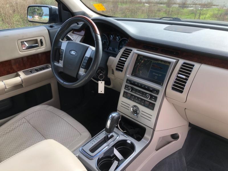 Ford Flex 2009 price $12,999