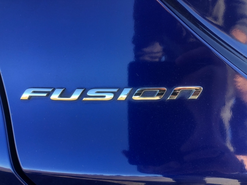 Ford Fusion 2016 price $9,999