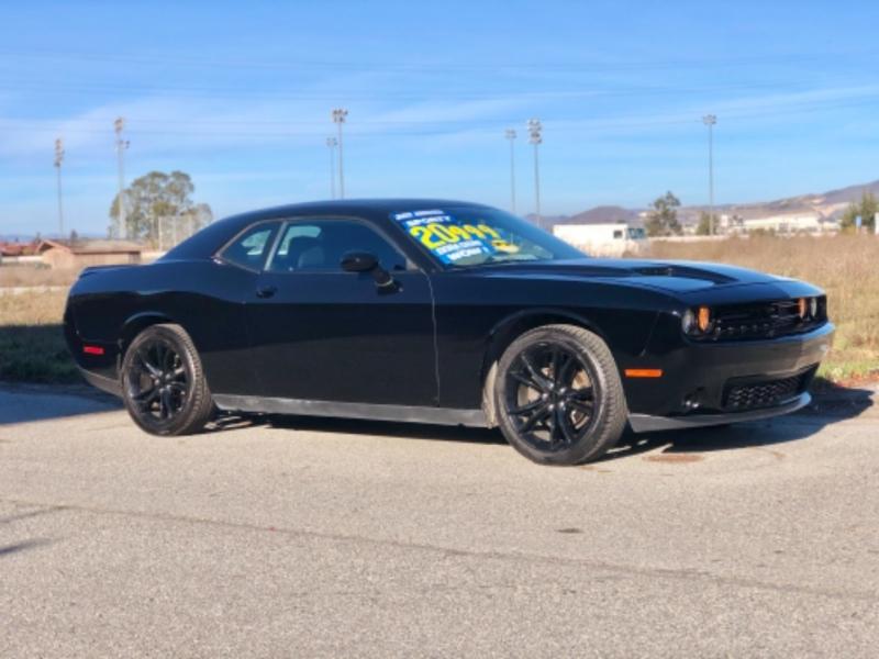 Dodge Challenger 2016 price $19,999