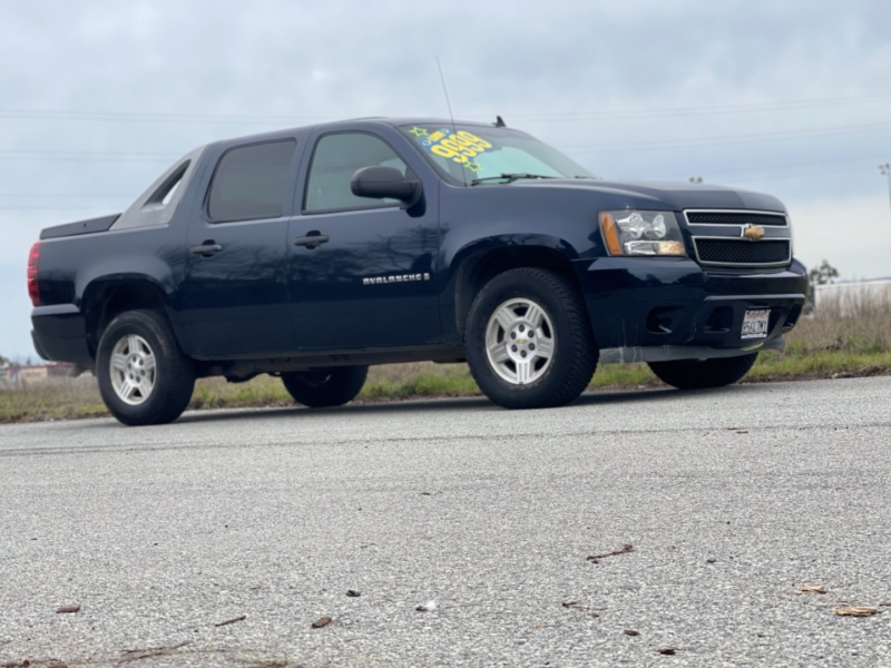 Chevrolet Avalanche 2007 price $9,999
