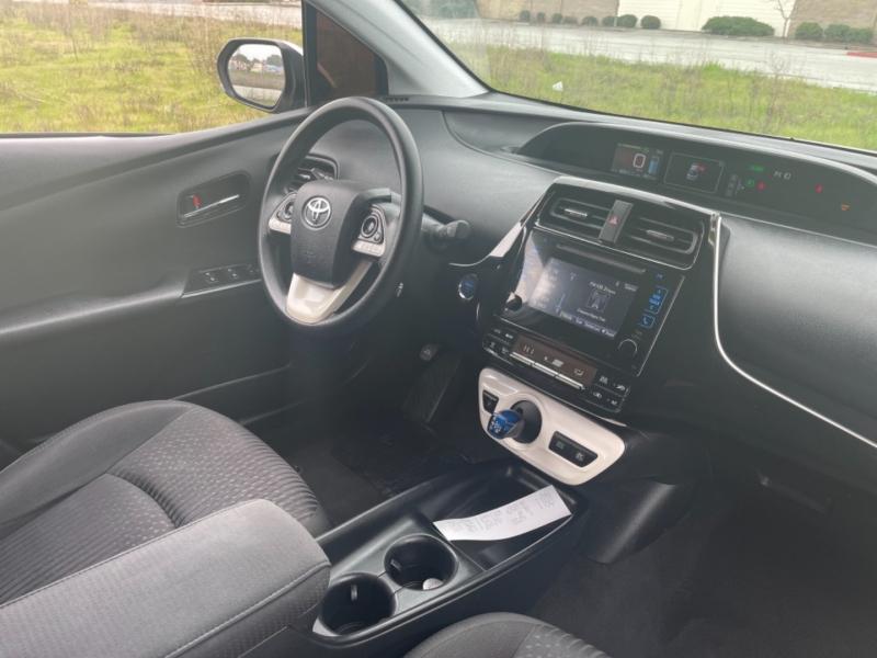 Toyota Prius 2017 price $14,499