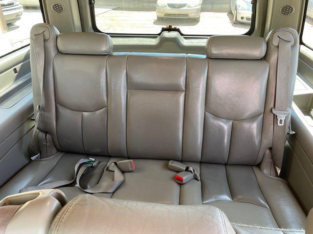 GMC YUKON XL 2005 price $6,995