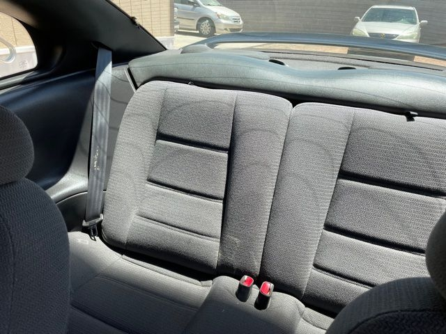 FORD MUSTANG 2000 price $3,995
