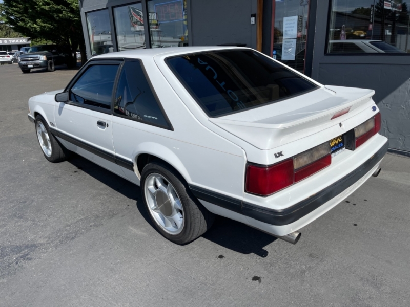 Ford Mustang 1989 price $10,950