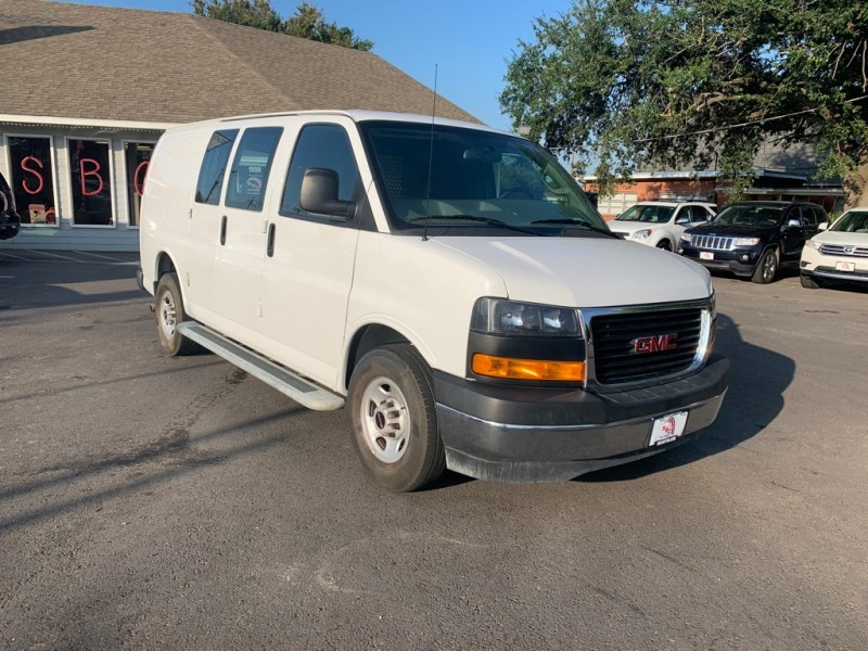 GMC SAVANA 2018 price $23,900