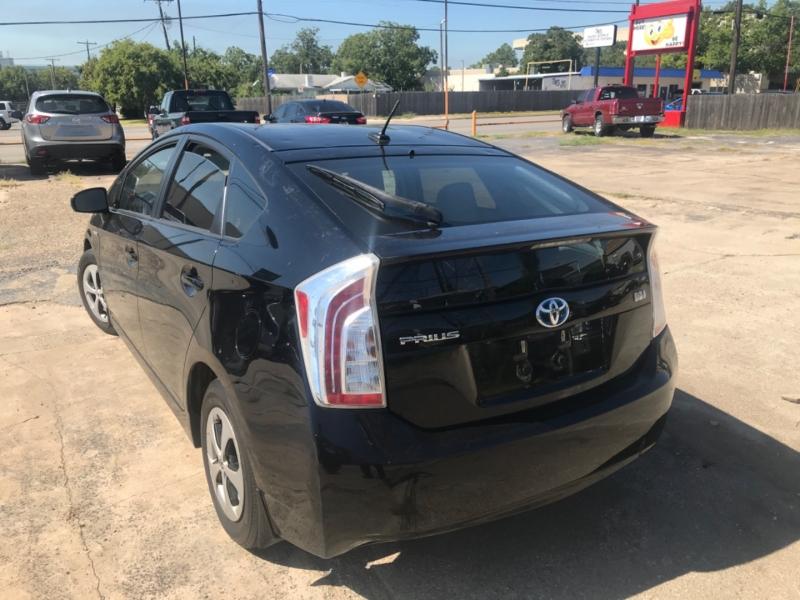 Toyota Prius 2014 price $6,500