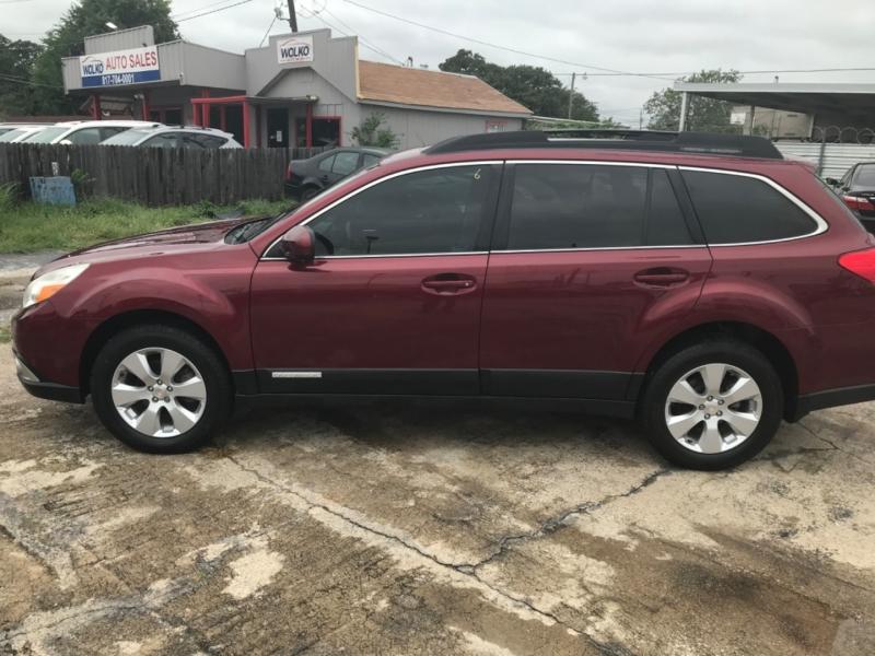 Subaru Outback 2011 price $8,000