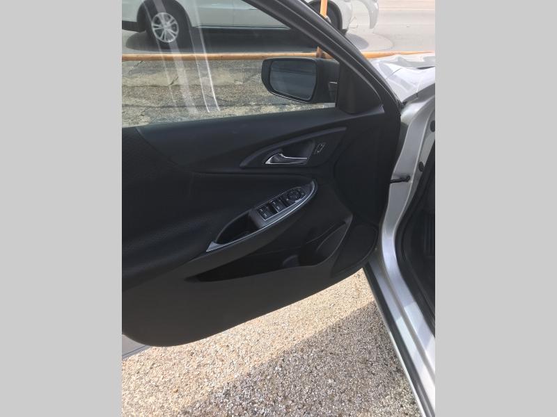 Chevrolet Malibu 2019 price $14,000