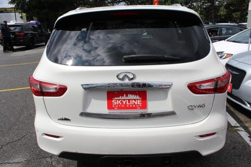 Infiniti QX60 2015 price $25,889