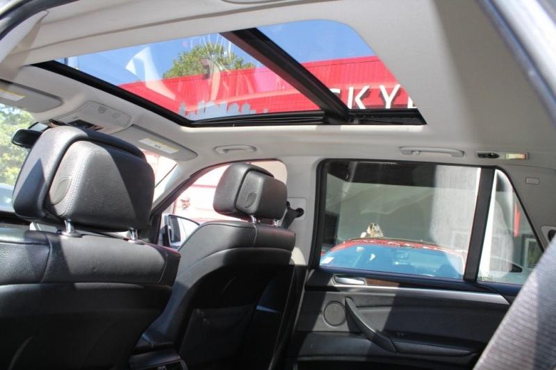 BMW X5 2012 price $16,889