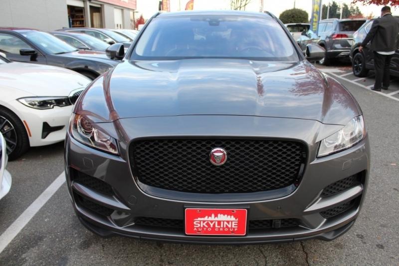 Jaguar F-PACE 2017 price $39,889