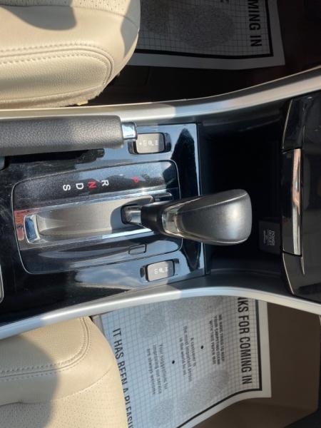 Honda Accord Sedan 2016 price $22,979