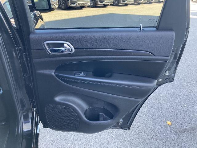 Jeep Grand Cherokee 2018 price $28,779