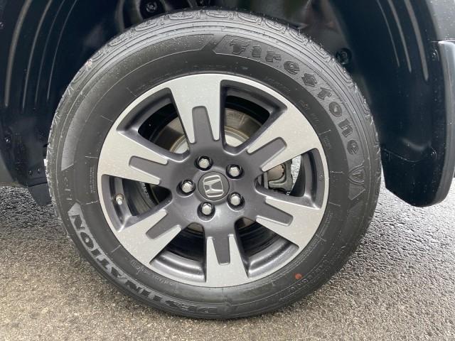 Honda Ridgeline 2017 price $34,979