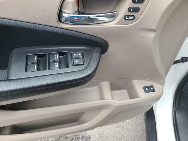 Honda Pilot 2017 price $31,979