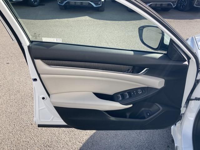 Honda Accord Sedan 2020 price $26,979