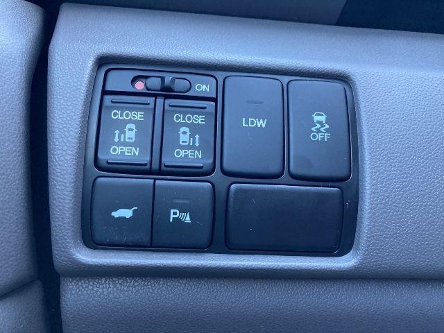 Honda Odyssey 2015 price $19,979