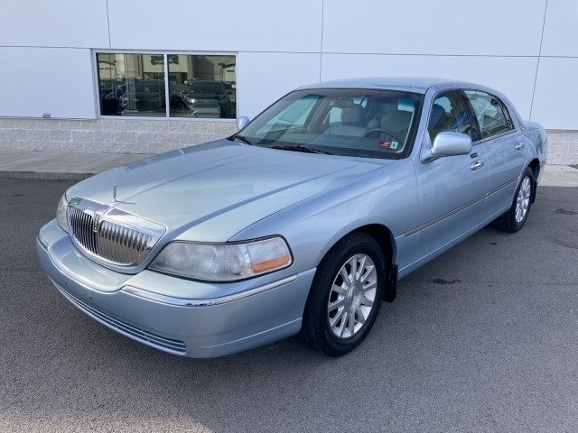 LINCOLN Town Car 2007 price $6,500