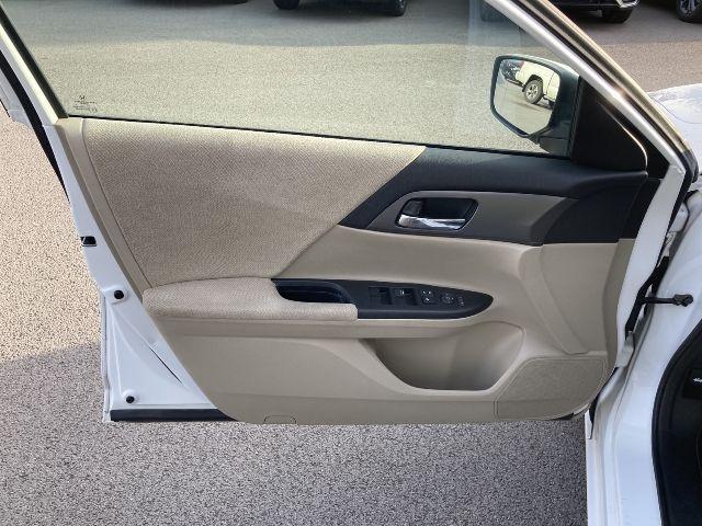 Honda Accord Sdn 2013 price $11,979