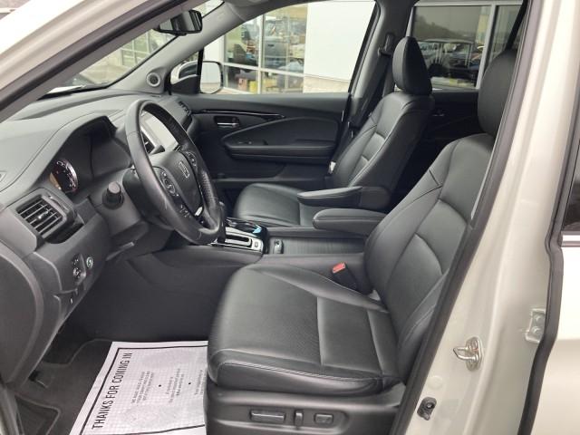 Honda Ridgeline 2018 price $36,779