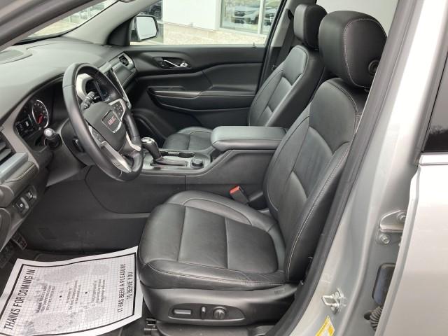 GMC Acadia 2018 price $27,979