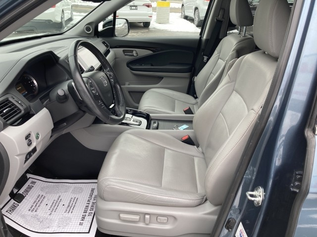 Honda Pilot 2017 price $27,779