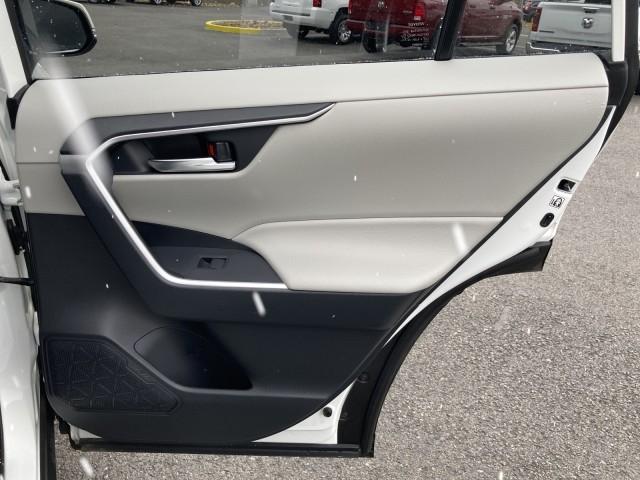 Toyota RAV4 2019 price $27,979