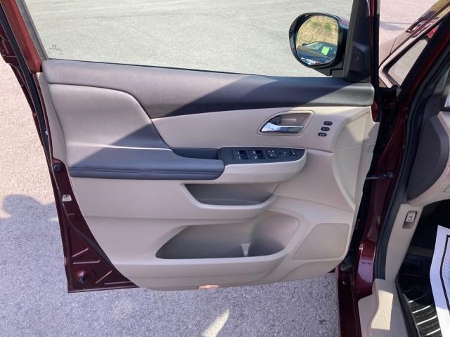 Honda Odyssey 2016 price $22,979